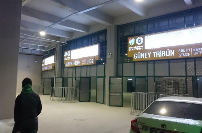 Timsah Arena Güney Tribün Giriş Kapıları