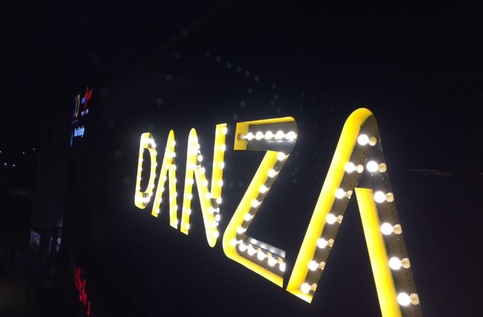 Danza Pub Ampül Tabela